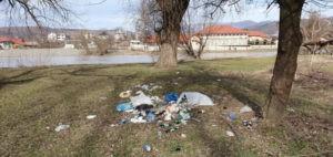 Закарпатці все частіше викидають сміття там, де воно не повинно бути