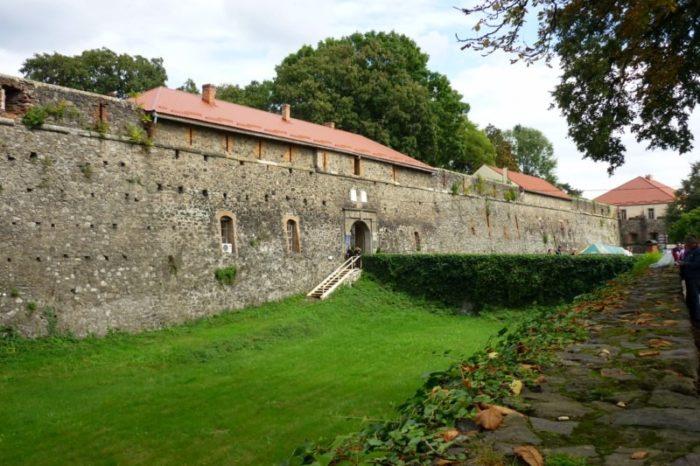 Ужгородський замок запрошує до себе на середньовічне дійство