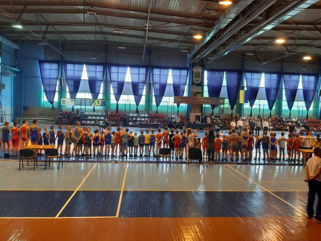 Перший Всеукраїнський турнір з греко-римської боротьби серед юнаків пролетів у м. Ужгород