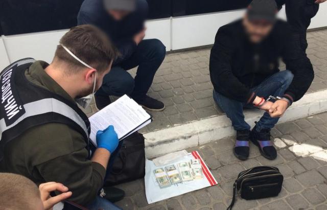 Поліція зірвала аферу на 300 тисяч доларів, організовану шахраєм Бровді проти Волошина (фото, відео)