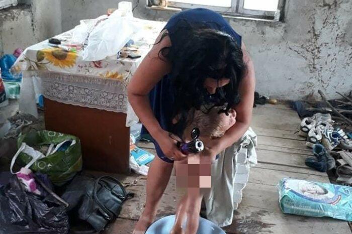 У Мукачеві на покинутій дачі без будь-яких комунікацій оселилася молода жінка з 4 малолітніми дітьми з Полтави (ФОТО)