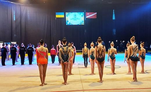 В Ужгороді розпочався всеукраїнський чемпіонат з художньої гімнастики