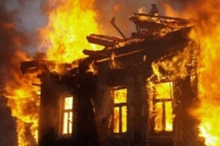 Пожежа на Іршавщині понищила в будинку електролічильники та фасад