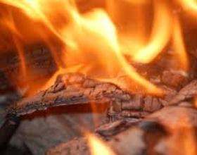 У Тячівському районі згоріла дроварня