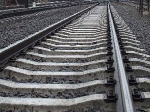 """ДТП на Хустщині: транспортний засіб """"завис"""" на залізничній колії"""