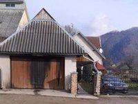 На Закарпатті конфлікт через сільську церкву переріс у підпали