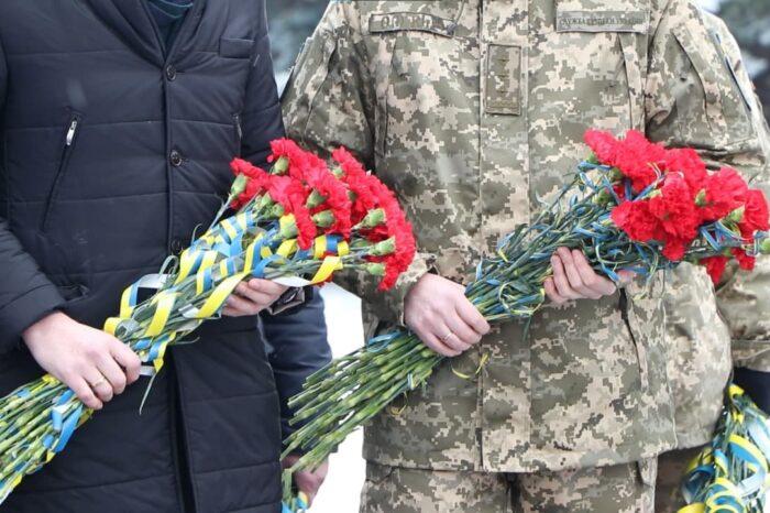 Учасники боїв за Дебальцеве вшанували пам'ять полеглих побратимів (ВІДЕОСЮЖЕТ)