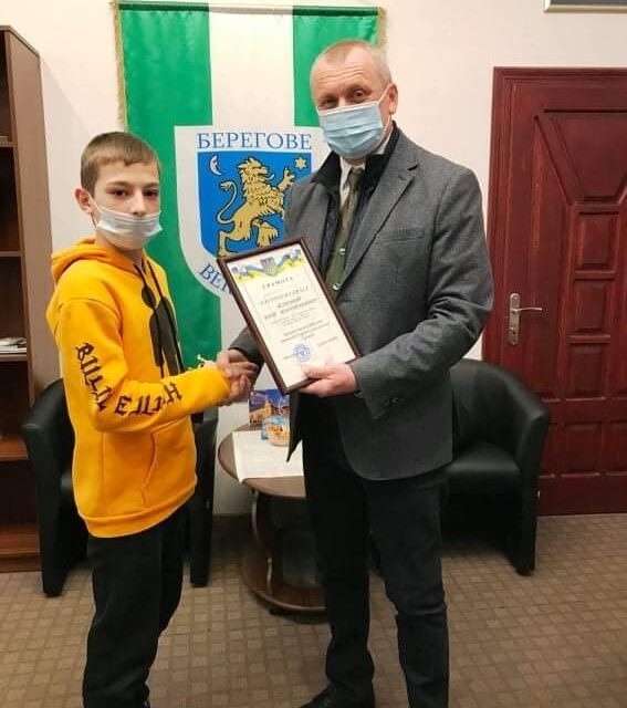 На чемпіонаті України з греко-римської боротьби юний закарпатець здобув бронзу