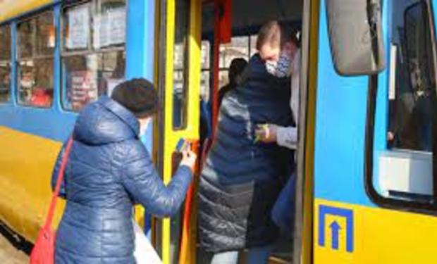 На Закарпатті відновить роботу громадський транспорт