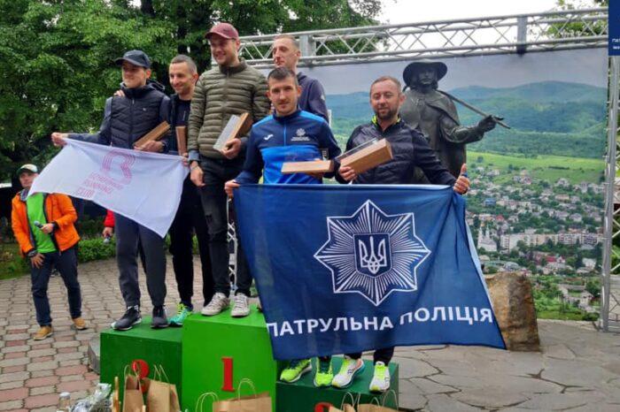 Патрульний із Закарпаття зайняв 3 місце у півмарафоні (ФОТО)
