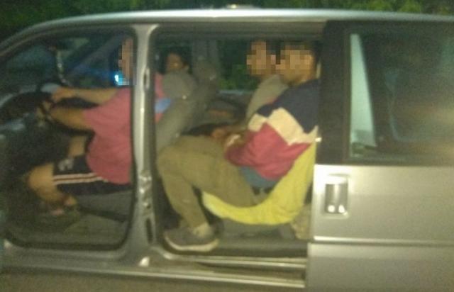 Загрожує 15 років тюрми: В Угорщині завершили слідство щодо закарпатця, який перевозив нелегалів
