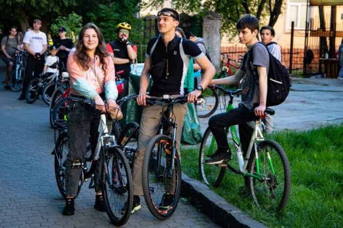 В обласному центрі Закарпаття провели велозаїзд