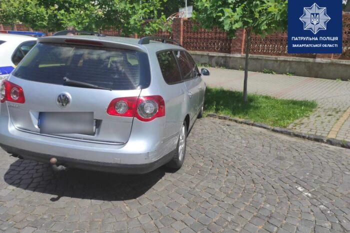 У Мукачеві розшукують винуватця та очевидців ДТП