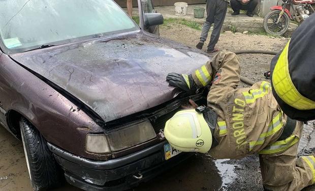 На Міжгірщині загорівся автомобіль