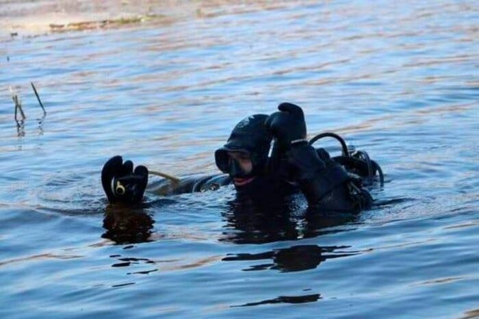 У річці на Тячівщині виявили тіло невідомого чоловіка
