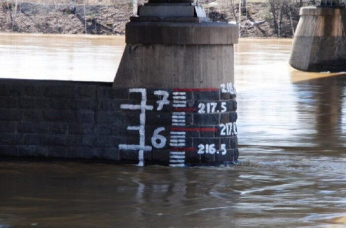 На Закарпатті очікується підйом рівня води аж до метра