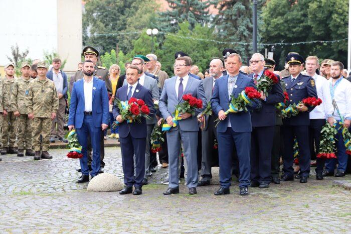 До 30-річчя Незалежності України в Ужгороді відбулися офіційні урочистості (ФОТО)
