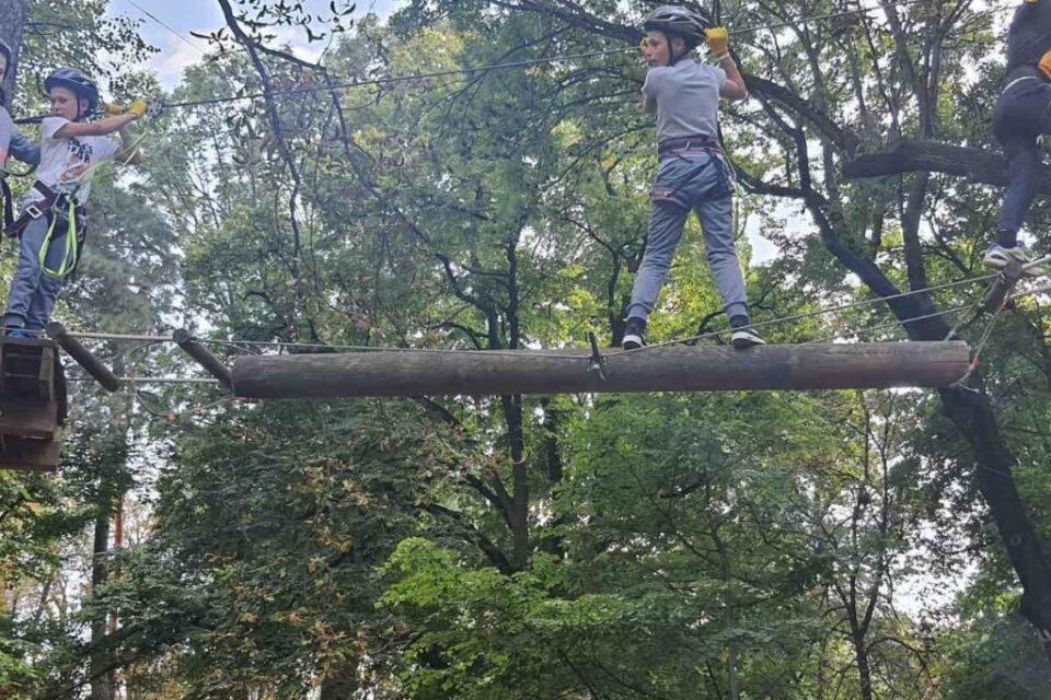 В Ужгороді пройшов спортивний захід з проходження перешкод